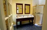 Killeen House Hotel Bathroom in Killarney